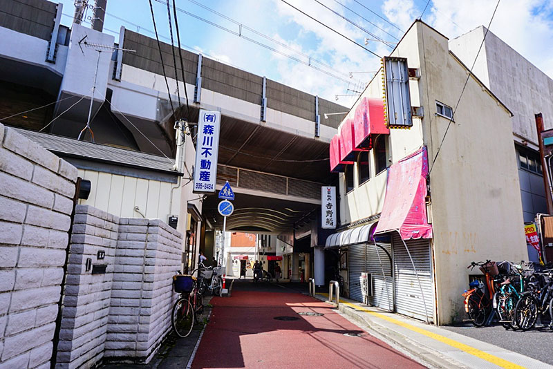 JR線の高架
