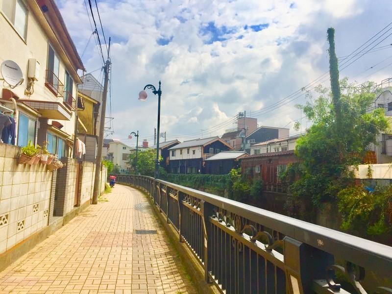 妙正寺川沿い住宅