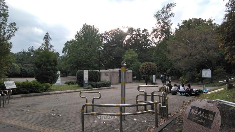 戸山公園 入口