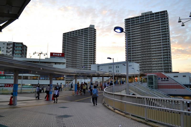 高槻駅南口の風景