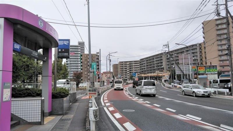 川口元郷駅前 岩槻街道