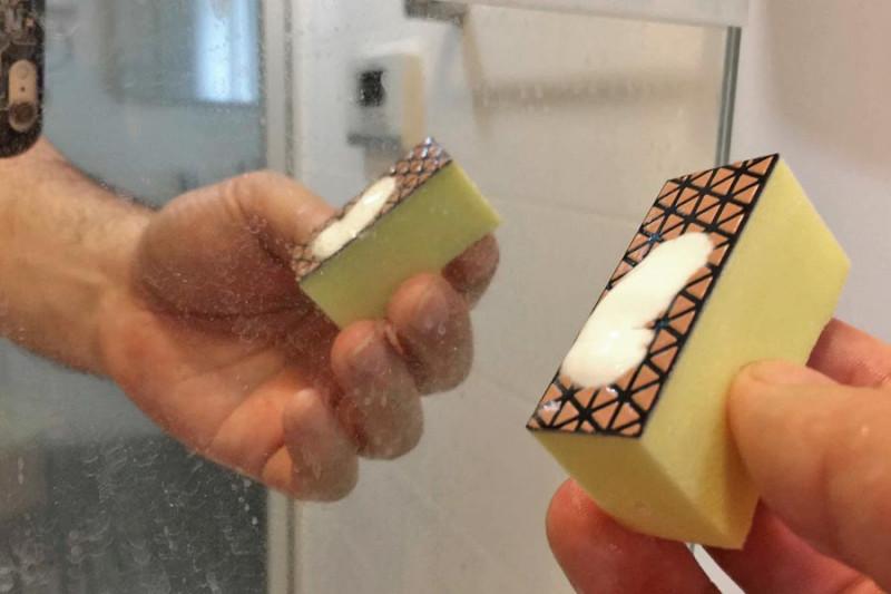 鏡の水垢クリーナーの商品写真
