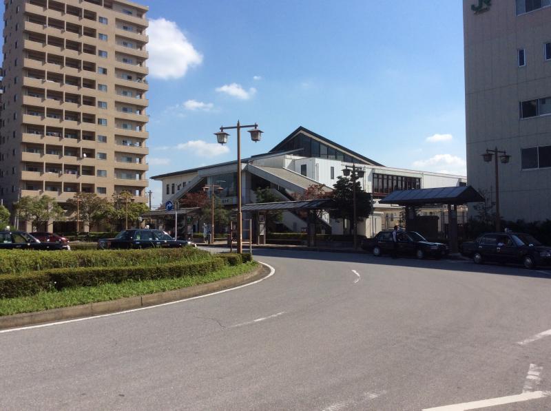 佐倉駅前のバスロータリーの様子