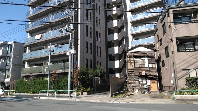 北赤羽駅西側 交差点