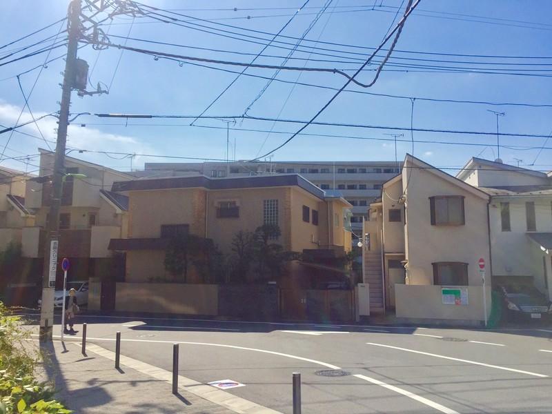 桜上水4丁目付近の一軒家