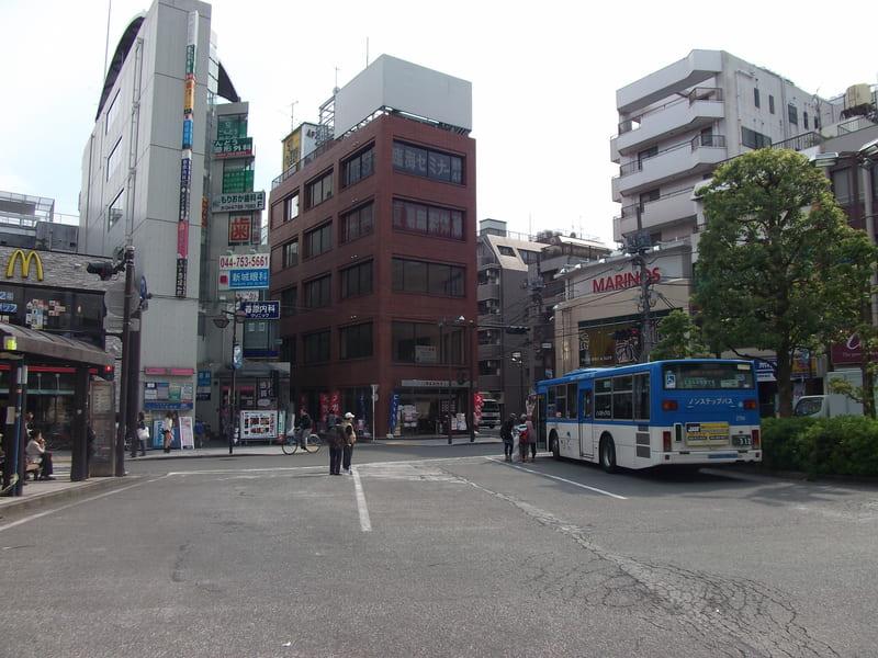 武蔵新城駅 周辺の様子