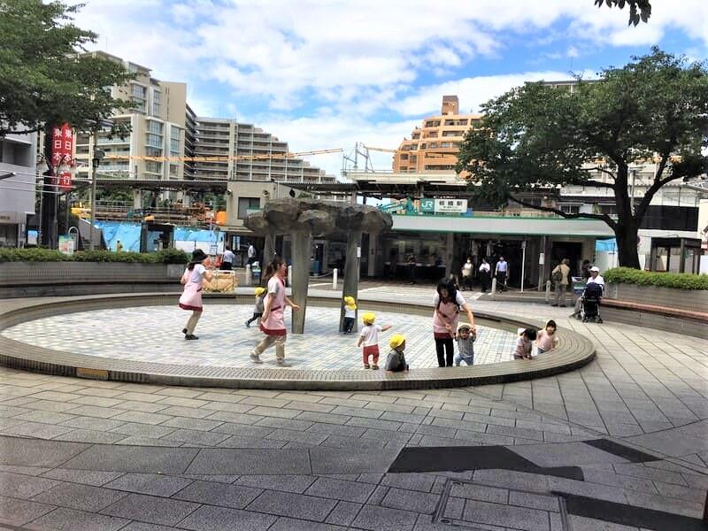 板橋駅東口 駅前広場