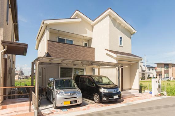 実例2 太陽光発電で節電&ヒノキが癒しの家