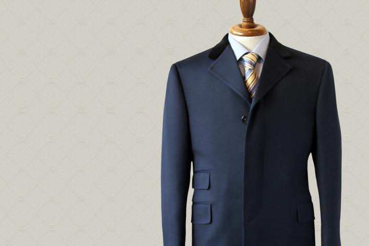 tailor LATOのスーツ
